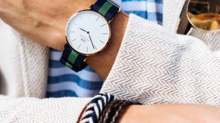 Daniel Wellington ur på velklædt arm